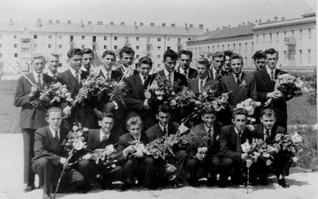 1957elsofiuosztaly